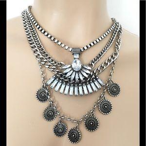 Dylanlex Crystal Necklace